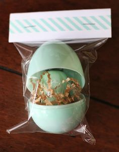 nail polish + easter egg = perfect little Easter gift. so fun