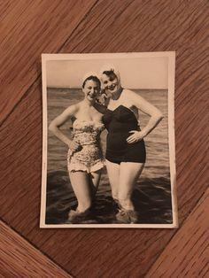 Items similar to Vintage Photo, Beach Beauties, 011 on Etsy