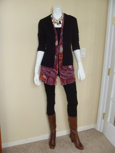 Daily Look:  CAbi Spring '12 Epic Tunic with vintage Latest Legging, Simple Cami in black and Delicious Blazer.  I am really feeling the Boho/Classic combo this week.