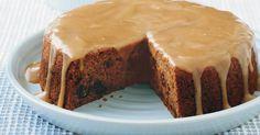 Sticky date cake, sticky date pudding, date muffins, easy cheese, caramel. Sticky Date Cake, Sticky Date Pudding, Sauce Caramel, Butterscotch Sauce, Pudding Recipes, Dessert Recipes, Cake Recipes, Cheese Recipes, Stevia