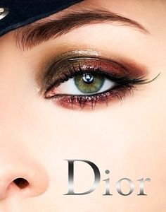 the glossy wet look on a #Dior ad