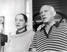 Helena Rubinstein with Pablo Picasso (1955).