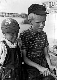 1940 - brothers in Pie Town, New Mexico.