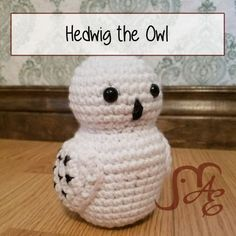 Hedwig the Owl FREE CROCHET PATTERN Get it at: AuburnElephant.com