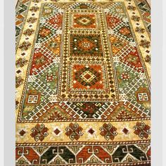 ALFOMBRAS | Esterillas Chile Chile, Lana, Bohemian Rug, Quilts, Rugs, Home Decor, Scrappy Quilts, Farmhouse Rugs, Throw Pillows
