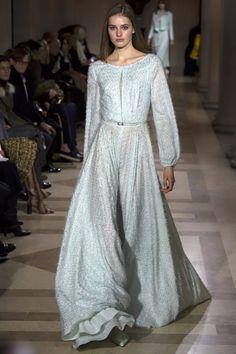 Carolina Herrera Fall 2016 Ready-to-Wear Fashion Show - Sanne Vloet