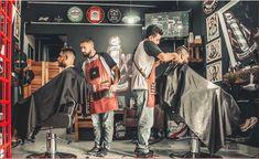 Corso Qualifica Parrucchiere Abilitazione Acconciatore 350 ore Online Valido ai sensi l.n. 174 del 17/08/2005 art. 3 e Riconosciuta in Tutta Italia ed in Europa Cool Haircuts, Haircuts For Men, Cool Hairstyles, Men's Haircuts, Newest Hairstyles, Men's Hairstyle, Best Barber, Barber Shop, Album Design