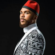@jidenna rocking hand painted couture by @laolunyc  @aviva_klein