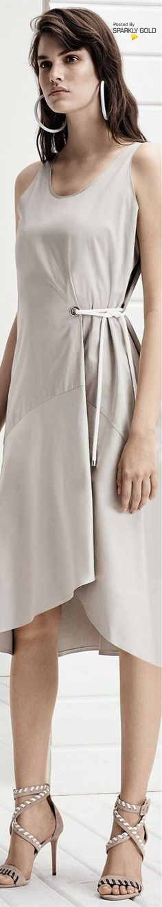 Boss Spring 2018 RTW Fashion Details, Love Fashion, Womens Fashion, Fashion Design, Fashion Silhouette, Beautiful Gowns, Dressmaking, Pretty Outfits, Frocks