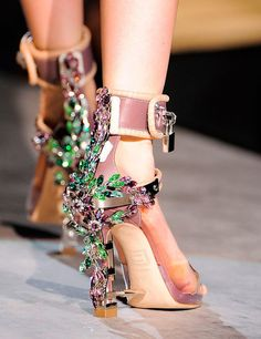 31 best Winter 15 predictions images on Pinterest   Fashion show ... 7e6f87cb83b