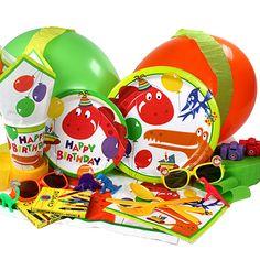 Menaje y decoración para una fiesta dinosaurio, de www.fiestafacil.com / Tableware and decoration for a dinosaur party, from www.fiestafacil.com