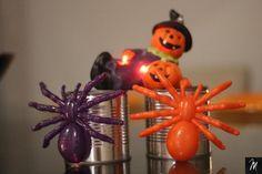 Lata Aranha Halloween, Ceiling Lights, Christmas Ornaments, Holiday Decor, Home Decor, Spider, Diy, Ideas, Tin Cans