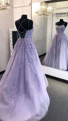 School Dance Dresses, Prom Girl Dresses, Pretty Prom Dresses, Prom Outfits, Princess Prom Dresses, Senior Prom Dresses, Dress Prom, Lace Prom Gown, Prom Party Dresses