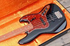 Fender Custom Shop 1964 NOS Jazz Bass | 33jt - Shared by The Lewis Hamilton Band - https://www.facebook.com/lewishamiltonband/app_2405167945 - www.lewishamiltonmusic.com