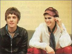 ♥ Richey Edwards, Cult Of Personality, Pete Wentz, Halsey, Cool Bands, Glamour, Actors, Celebrities, Boys