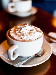 Hot cocoa...yes please! #café #cafeessentials #cocoa
