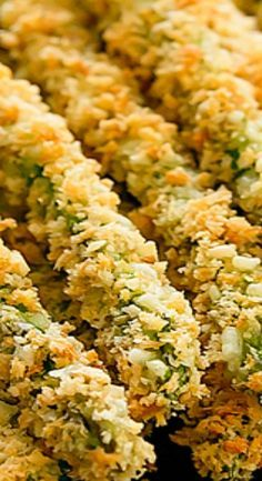 Baked Asparagus Fries are a healthier alternative to regular fries. Asparagus stalks are coated in panko crumbs and parmesan cheese and baked until crispy. Grilled Asparagus Recipes, Parmesan Asparagus, Asparagus Fries, Asparagus Casserole, Best Asparagus Recipe, Oven Roasted Asparagus, Side Dish Recipes, Vegetable Recipes, Vegetarian Recipes