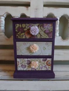 Vintage Jewelry Box Trinkets Chest Collectibles by DippityDaisy, $46.00  #VintageJewelry