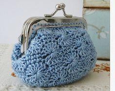 Marvelous Crochet A Shell Stitch Purse Bag Ideas. Wonderful Crochet A Shell Stitch Purse Bag Ideas. Crochet Wallet, Crochet Coin Purse, Crochet Purse Patterns, Love Crochet, Knit Crochet, Single Crochet, Crochet Crafts, Crochet Projects, Crochet Shell Stitch