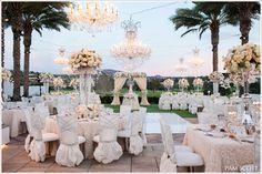 Bellísima boda al aire libre .