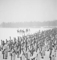 Infantry Regiment parade on Eldanka lakes ice. Major General Pajari is inspecting the troops. History Of Finland, Ice Lake, Night Shadow, Cross Country Skiing, Korean War, Vietnam War, Winter Soldier, Military History, Armed Forces