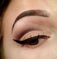 Cut crease #makeup #cateye #eyeliner #winged #cutcrease