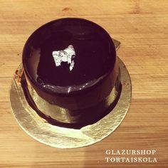 Kakaós tükörglazúr készítése, egyszerűbb mint gondolnád – Tortaiskola Naan, Cake Cookies, Mousse, Muffin, Food, Inspiration, Cakes, Muffins, Meal