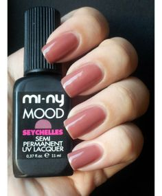This extraordinary semi-permanent polish unites the long-lasting features of gel with the ease of applying polish. Glossy, bright and impeccable nails for more than two weeks. Hardens in 2 minutes under a UV lamp or in seconds under a LED lamp. Comes off easily without ruining nails!  You won't be able to do without it!!