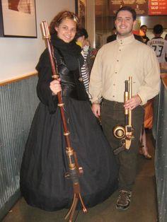 http://fc09.deviantart.net/fs70/f/2012/308/5/e/steampunk_halloween__by_xochequetsal-d5jzgt5.jpg