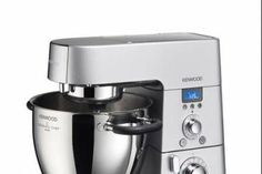 Kenwood USA presents: The Cooking Chef Kitchen Machine, ➤ The first ever kitchen machine that also cooks through induction cooking. Cooking made easy! Stand Mixer Reviews, Best Stand Mixer, Cooking Chef Gourmet, Kenwood Cooking, Robot Kenwood, Kitchen Machine, Small Kitchen Appliances, Kitchen Gadgets, Vanilla