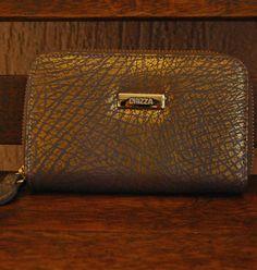 Carteira em couro estampa dourada fechamento zíper. Mab Store - www.mabstore.com.br