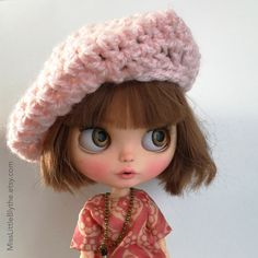 Un preferito personale dal mio negozio Etsy https://www.etsy.com/it/listing/506919342/crochet-hat-for-blythe-doll-gorrito-para