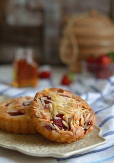 #foodphotography #food #strawberrypie #pie #honey #personalseries #niharikashukla #breakfast
