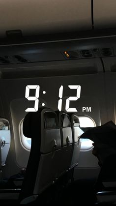 Airplane Photography, Tumblr Photography, Travel Photography, Night Aesthetic, Travel Aesthetic, Travel Pictures, Cute Pictures, Snap Streak, Snapchat Streak