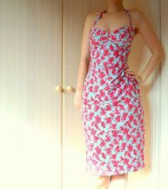 Sew Retro Bombshell Dress by stephanie ~ makelmakes