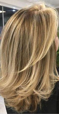 Warm Blonde Hair, Honey Blonde Hair, Blonde Hair Looks, Brunette Hair, Medium Hair Cuts, Long Hair Cuts, Medium Hair Styles, Long Hair Styles, One Length Hair