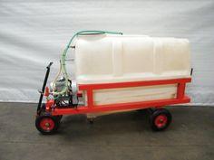 - 1200 liter tank - Equiped with high pressure pump - Pump capacity 37 liter / 50 bar