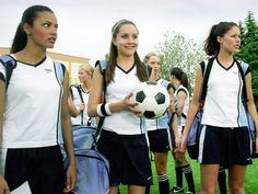 Prep school soccer star Viola Hastings transforms herself into a boy to take her brother?s place on the boys' squad when the girls' team got eliminated.    She's The Man, coming today at 4:40pm only on HBOIndia!