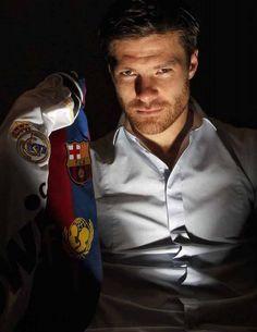 Xabi Alonso - Real Madrid Soccer Guys, Football Soccer, Football Players, Real Madrid, Real Vs Barca, Xavi Alonso, Claudio Marchisio, World Cup Teams, Bernabeu