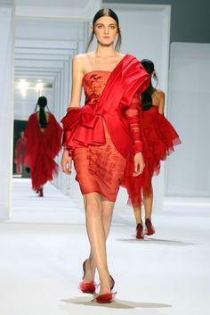 Lan Yu, haute couture P-E 15 - L'officiel de la mode