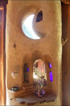 Dragonfly Cob Cottage by Meka Bunch. Crescent Moon window. Wolf's Creek, Oregon
