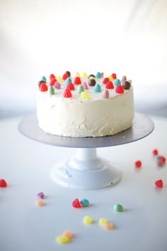 candy land minimalist cake - one cake three ways // @you Are My Fave   http://www.youaremyfave.com/2014/03/13/one-cake-three-ways-is-my-fave/