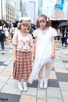 Harajuku Girls w/ Pastel Hair, Resale Fashion, Ribbons, Lace, Hearts & Seashells. Kinako and Miho are two Japanese students whose kawaii looks caught our eye on the street in Harajuku. (Tokyo Fashion, 2014)