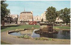 Bowker Fountain, Victoria Square, Hays, Christchurch, New Zealand. Postcard.