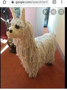 Alpaca Funny, Giraffe Jewelry, Carton Diy, Llama Pillow, Paper Mache Animals, 6th Grade Art, Elephant Sculpture, Arts And Crafts, Diy Crafts