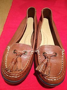 Tan leather loafer shoes