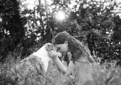 Joy Sessions are heartbreakingly beautiful portraits of terminally ill or elderly pets, who soon after the photos are taken, pass away