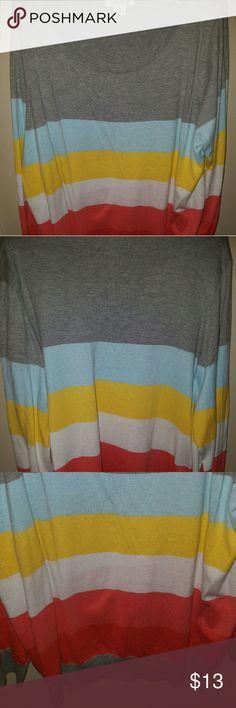 Lightweight Sweater Very Light Sweater. Liz Claiborne Liz Claiborne Sweaters Crew & Scoop Necks
