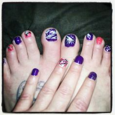 Who doesnt love purple and pink. Funky