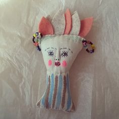 jess quinn Sewing Dolls, Handmade Dolls, Cool Diy Projects, Fabric Dolls, Animals For Kids, Art Dolls, Primitive, Doll Clothes, Porcelain